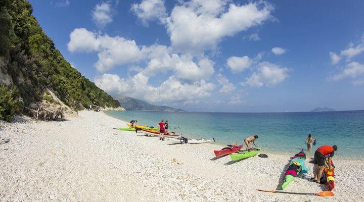 ithaca-travel-kayak